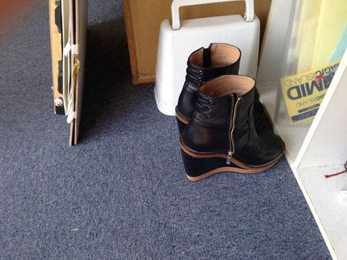 Shoes000